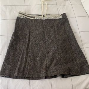 Wool skirt with lace